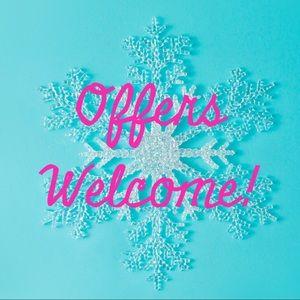 🎀Reasonable offers welcome!🎀